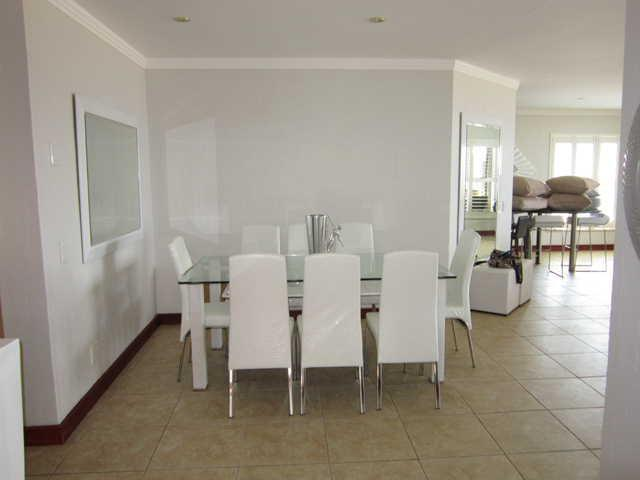 DINING ROOM - Luxury Penthouse In Simbithi Eco & Golf Estate Ballito With Full Seaviews - Ballito - rentals