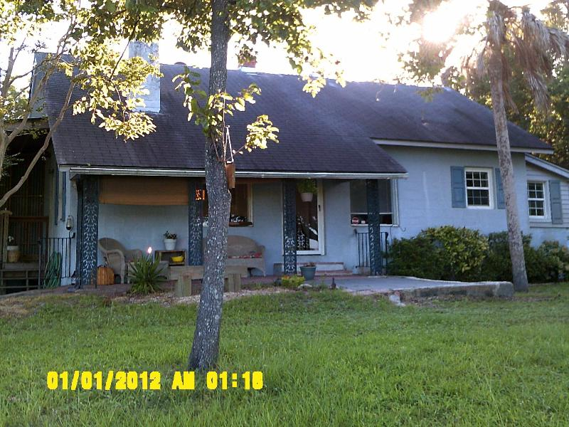 Front of home   marsh 300 degrees surrounding, tide high about 5 hours each day - Adorable waterfront cottage with tons of fun! - Charleston - rentals