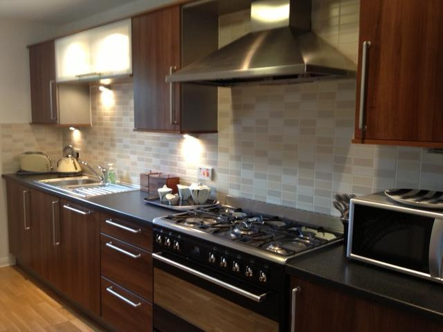 Fully equiped kitchen - City Centre, FREE PARKING, Luxury 1 Bedroom - Edinburgh - rentals