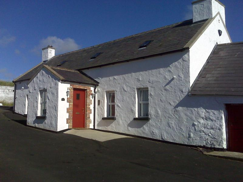 The Huston Farmhouse Portrush - luxury cottage - The Huston Farmhouse Portrush, N Ireland - Coleraine - rentals