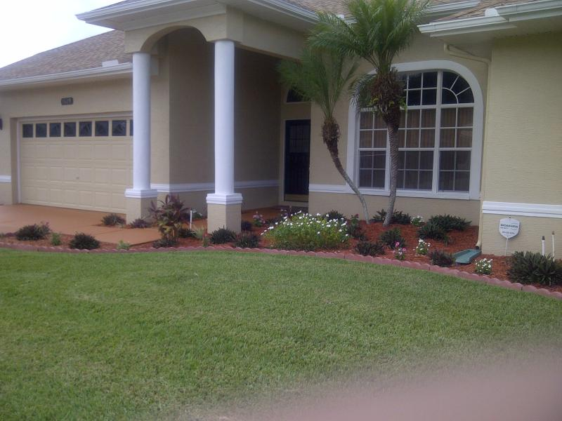 Front View - Florida Pool Home In Tampa Bay - Trinity - rentals