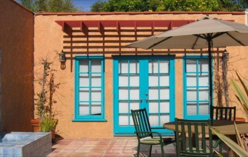 Front of Guest House with Patio  - Private Guest House w/ Hot Tub - Venice close - Los Angeles - rentals
