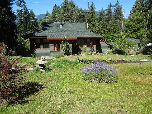 Bright post & beam house on creek - Image 1 - Nelson - rentals