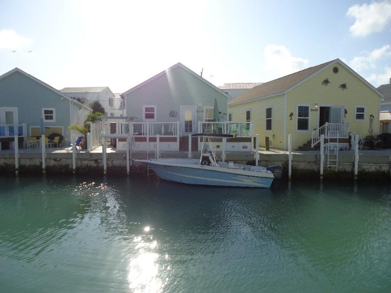 view of house from other side of canal - 3 Year New Adorable Canal Front Beach Cottage - Marathon - rentals