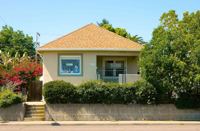 Welcome to Dream Beach Cottage! - Dream Beach Cottage in Wine Country - 2 Bed 2 Bath - Vallejo - rentals