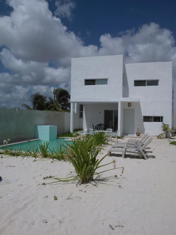 facade - House with pool second row coast of Yucatan - Yucatan - rentals