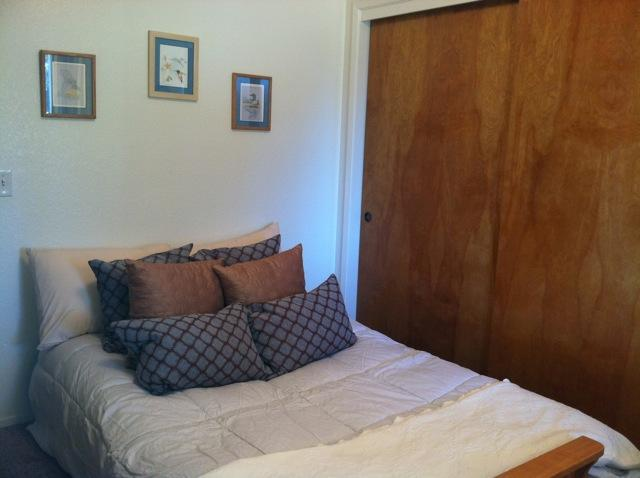 Comfy futon with 3 inch pad on top of mattress - Cozy Wine Country Room - Templeton - rentals