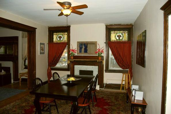 Centre Ave. #4 - Bed & Breakfast Style - Image 1 - Pittsburgh - rentals
