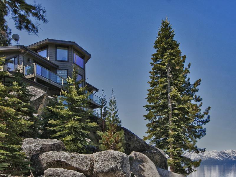The view of the home from the stree - Lake Tahoe Lakeside Cove Beachfront Retreat - Zephyr Cove - rentals