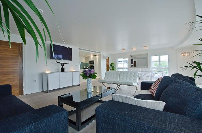 ***Last Minute AMAZING 3 Bedroom Apartment***London Eye View Penthouse - Image 1 - London - rentals