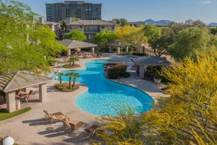 You will love the resort style heated pool and spa - Contemporary Apartment in the Heart of Town - Scottsdale - rentals