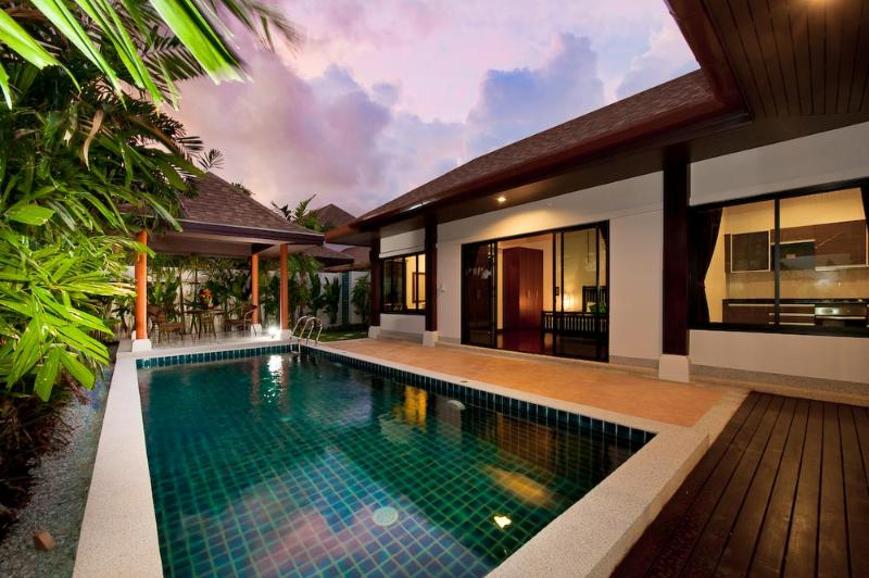 2 Bedroom house with private pool in complex beach area - Image 1 - Rawai - rentals