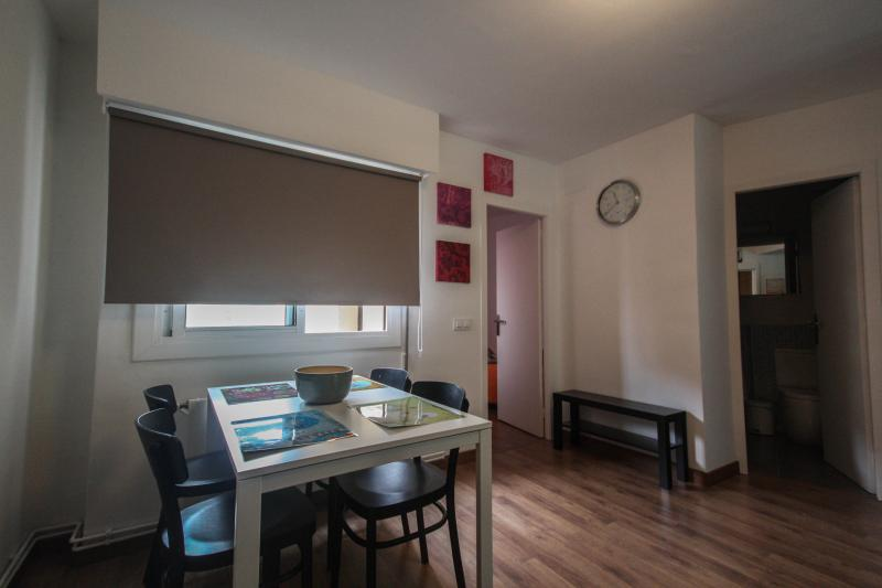Apartment for 4 close Sagrada Familia - Charming - Image 1 - Barcelona - rentals