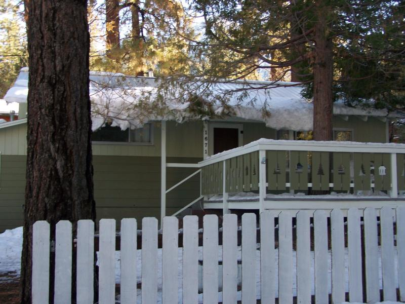owls retreat - Image 1 - Wrightwood - rentals