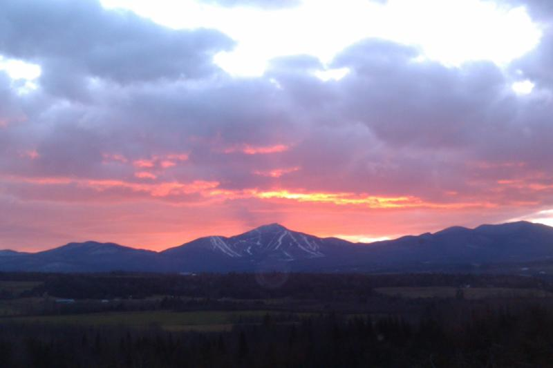 Sunset over Jay Peak - Panoramic Views of Jay Peak and Green Mountains - North Troy - rentals