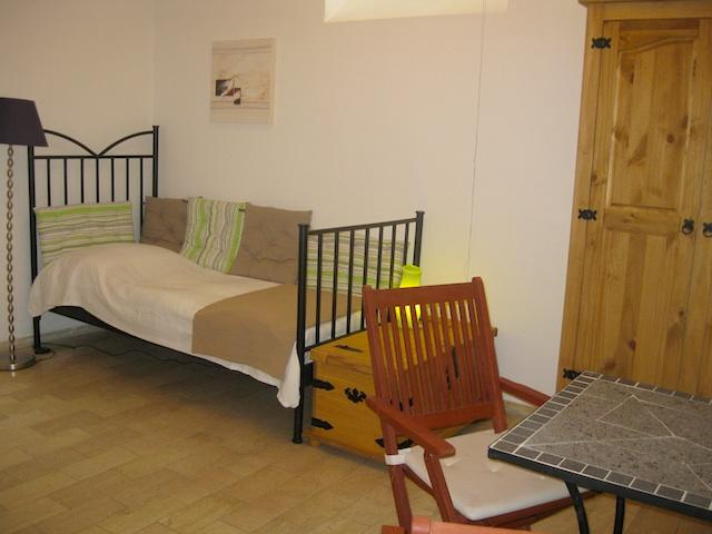 G25: Furnished Studio near Opera house - Best Location ! - Image 1 - Frankfurt - rentals