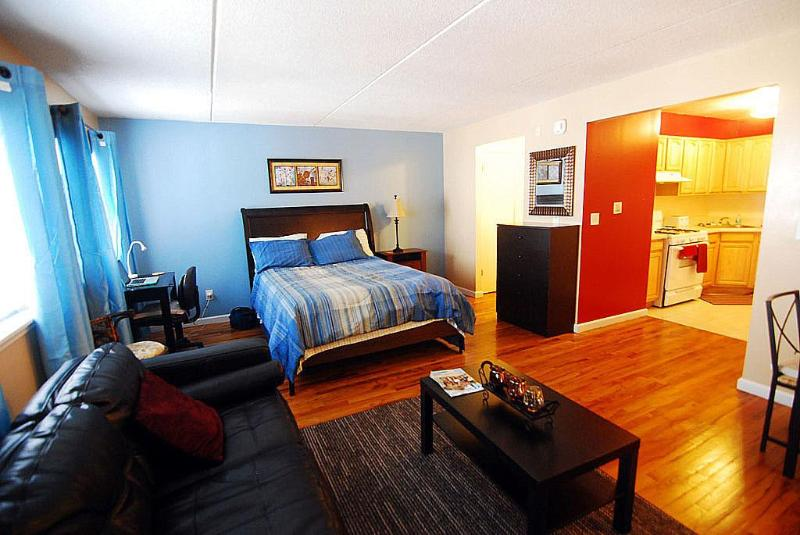 Stop  Apt. #2 is not longer available - Image 1 - Bronx - rentals
