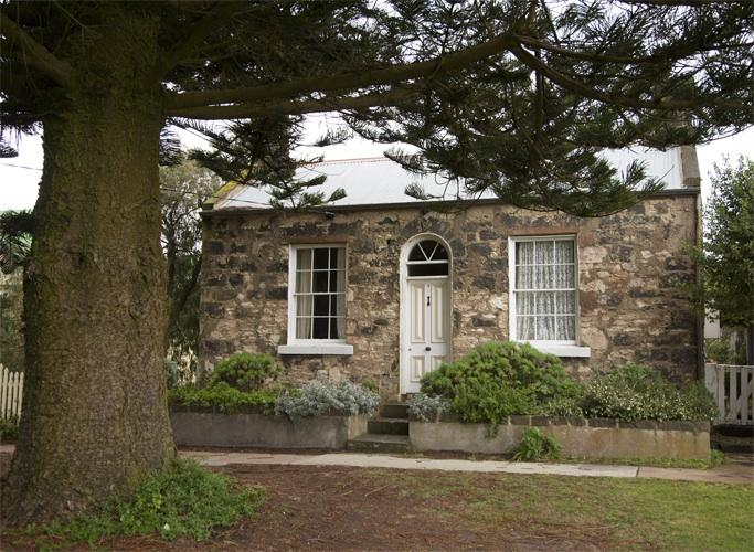 No1 nestled beneath our giant Norfolk pines - No1 William St - historic stone cottage - Port Fairy - rentals