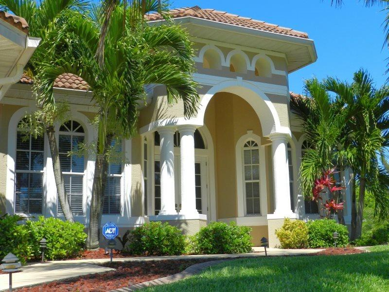 Front Elevation - Entry - Villa Shea - 3/2 Electric Heated Pool Home, Gulf Access, High Speed Internet, Pool Billiard - Cape Coral - rentals