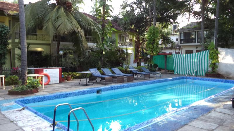 3 Bhk AC Bungalow with swimming pool in Calangute Holiday street - Image 1 - Calangute - rentals