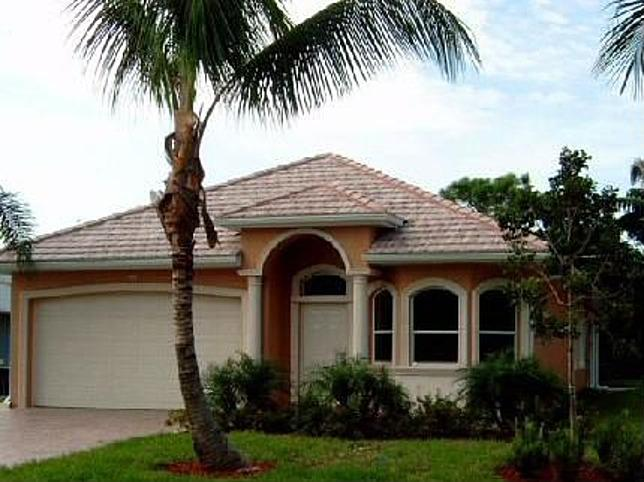 Beautiful Naples Park Pool home...walk to beach! - Image 1 - Naples - rentals