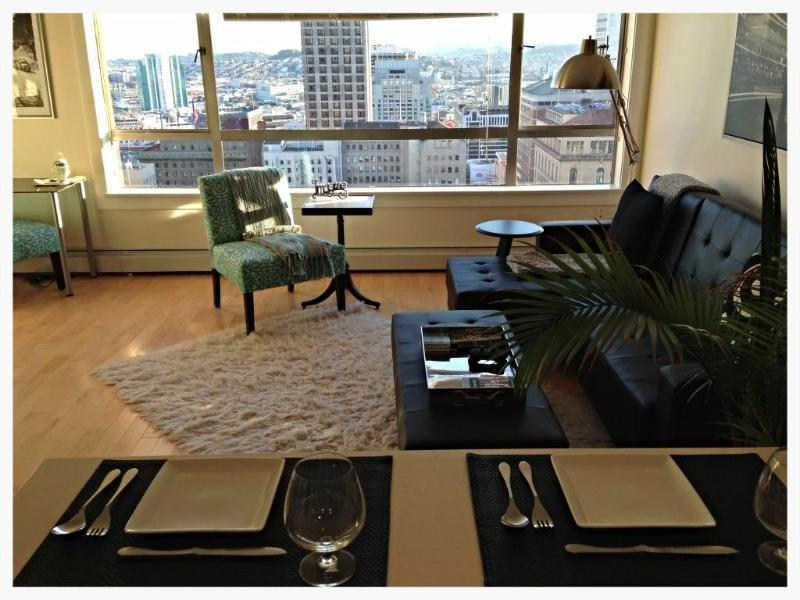 Your million dollar view another gorgeous San Francisco day - Gorgeous Executive Penthouse Suite - San Francisco - rentals