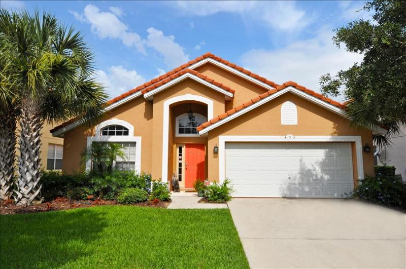 7C's - Gorgeous Luxury and Affordable 5 Br Home with pool, spa ,game room, Sleeps 10 - Image 1 - Davenport - rentals