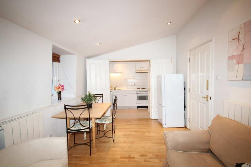 2BR - Apartment in London, Marylebone - CH18 - Image 1 - London - rentals