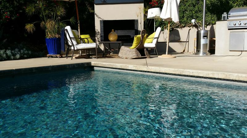 Beverly Hills with Pool - Image 1 - Beverly Hills - rentals