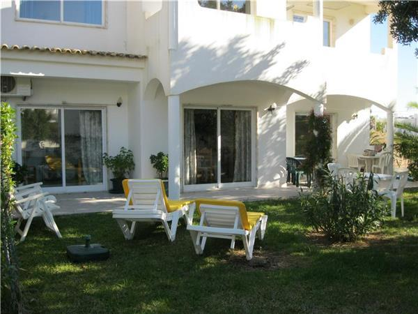 Apartment for 6 persons, with swimming pool , in Portimao - Image 1 - Portimão - rentals