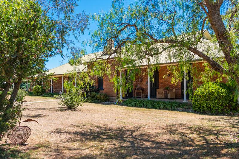 Tinonee Country House, Hunter Valley - Image 1 - Broke - rentals