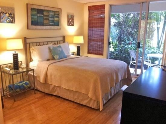 Maui Banyan studio (no separate bedroom) sleeps 2 - Image 1 - Kihei - rentals