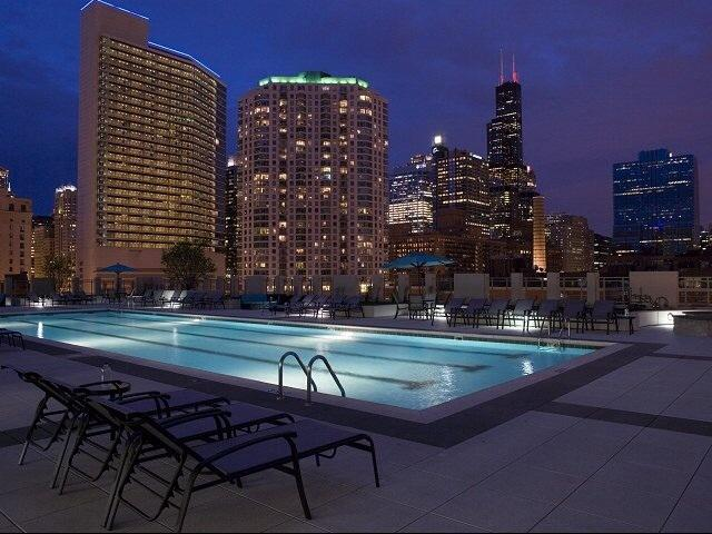 Huge Alta At K Station!  Pool And Views!! - Image 1 - Chicago - rentals
