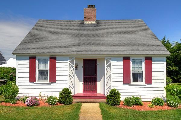 Pilgrim Colony Cottage Yards to the Bay (1511) - Image 1 - Truro - rentals