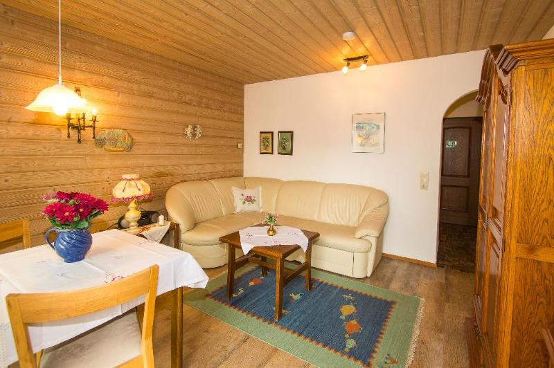 LLAG Luxury Vacation Apartment in Ruhpolding - 323 sqft, central, completely outfitted (# 5194) #5194 - LLAG Luxury Vacation Apartment in Ruhpolding - 323 sqft, central, completely outfitted (# 5194) - Ruhpolding - rentals