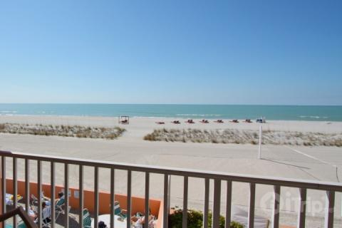 Private balcony on the second floor near the pool and Tiki Bar area - 218 - Island Inn - Treasure Island - rentals