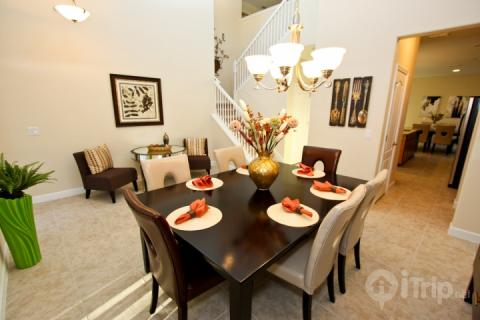 Entry and Formal Dining - 889 Shire - Davenport - rentals