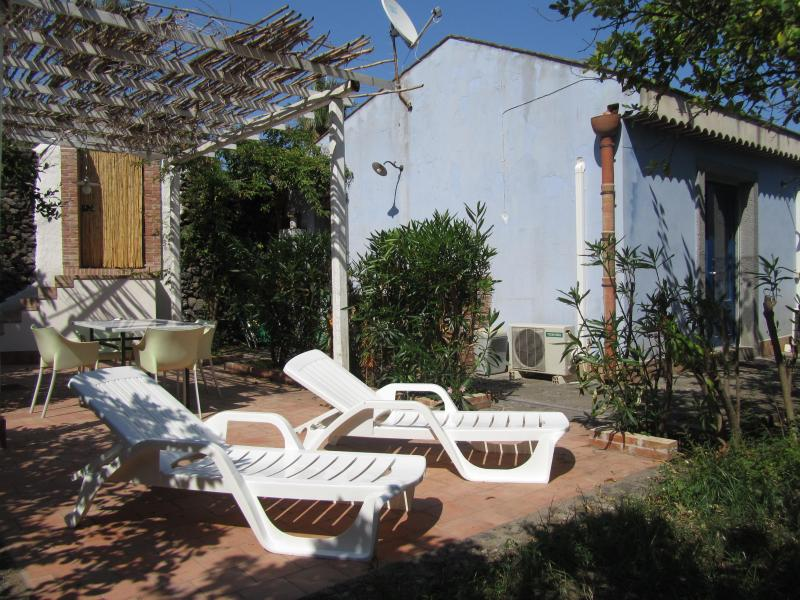 Patio with dining area and solarium - Sicilian house with Orange garden next to the Sea! - Acireale - rentals