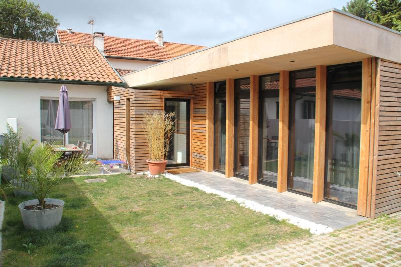 Magnificent house 600m from the beach in Anglet - Image 1 - Biarritz - rentals