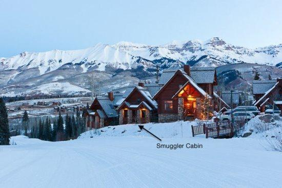 Truly Ski in and ski out - Smuggler Cabin - 4 Bd / 3.5 Ba - Sleeps 14 True Ski In Ski Out onto Lower Double Cabin - Year Round Pool & Hot Tub - Telluride - rentals