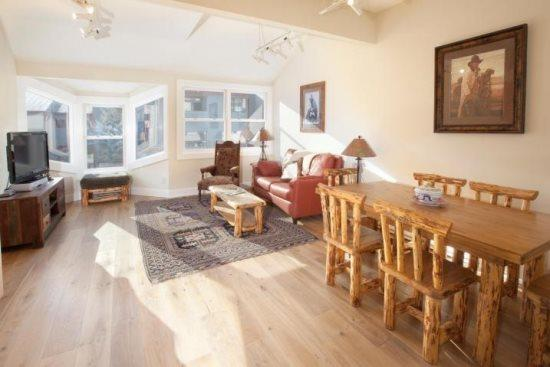 West Willow 5 - 2 Bd + Loft / 2 Ba Condo - Sleeps 6 - Remodeled and Located Near the Base of Lift 7 - Great Summer or Winter Location! - Image 1 - Telluride - rentals