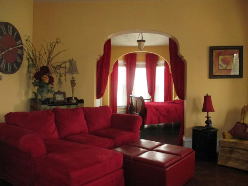 Beautiful  apt next to Lighthouse Outlet Mall - Image 1 - Michigan City - rentals