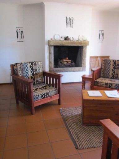Lounge with fireplace - Pumula Guest Farm - White House - Fouriesburg - rentals