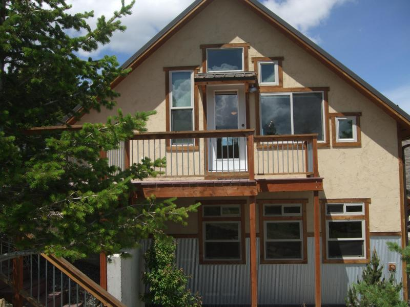 outside of apartment - near north yellowstone - Livingston - rentals