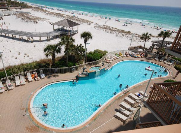 Beach at the Pelican Resort - Pelican Beach Resort-1st Floor-Unit 114-2BR-2BA - Destin - rentals