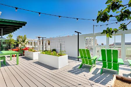 Close to the beach, Venice Beach Retreat provides luxurious amenities and complete privacy - Image 1 - Santa Monica - rentals