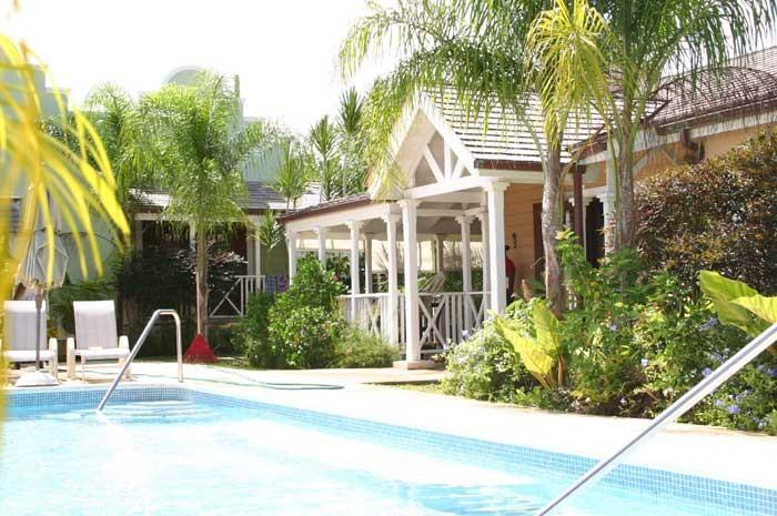 Porters Court 4 at Porters, Barbados - Walk To Beach, Gated Community, Communal Pool - Image 1 - Porters - rentals