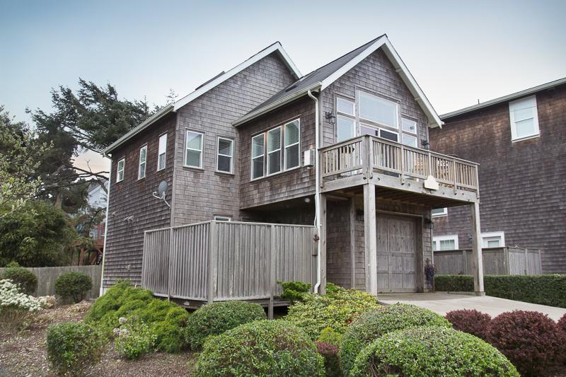 Seaview - Image 1 - Lincoln City - rentals