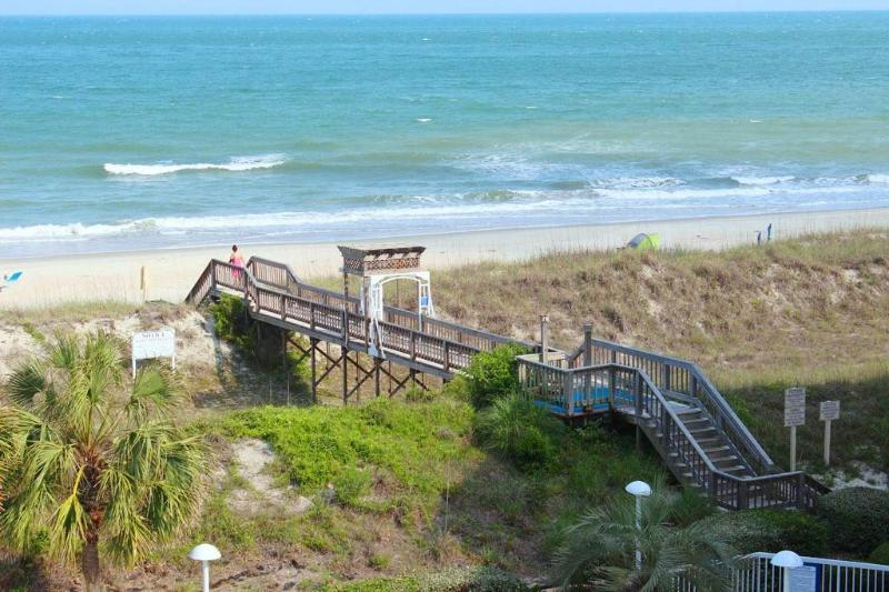 Cambridge 410 - Oceanfront - Image 1 - Pawleys Island - rentals