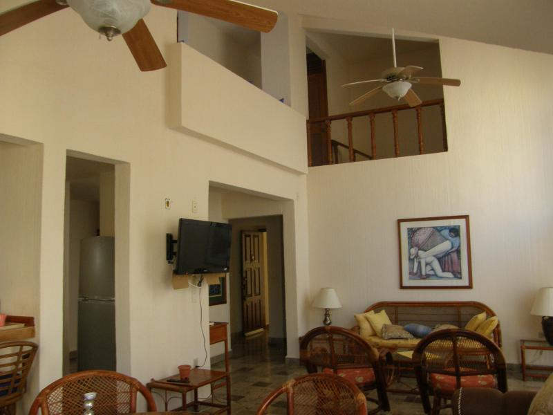 View of living room - Luxurious Condo Located In Tranquil Bliss With A Private Beach - Cancun - rentals